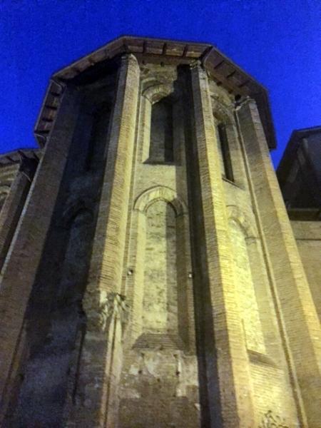 Certo che San Domenico è proprio imponente!